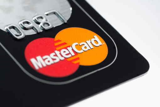 Okamžitá online půjčka, vám nabízí až 20 000 Kč ještě dnes. První půjčku zde můžete mít zcela zdarma. Bez poplatků předem a bez placení i v průběhu splácení. Poplatky jsou jen 0 Kč a úrok je také jen 0%. Neplatíte nic navíc, jen to co jste si půjčili.
